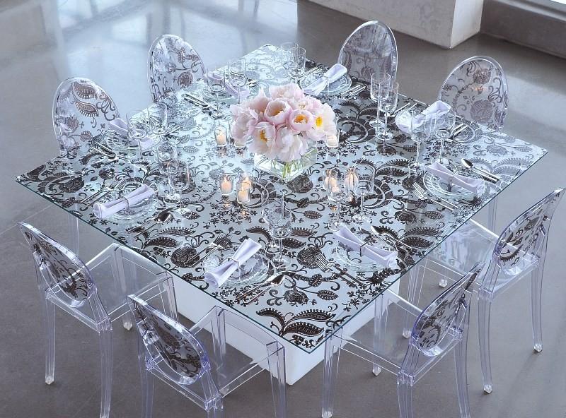 Стеклянный стол с фотопечатью