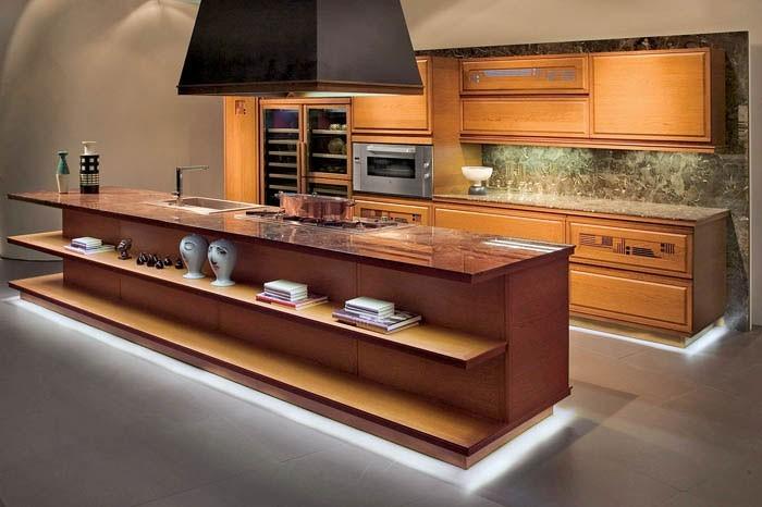 Кухонный цоколь с подсветкой