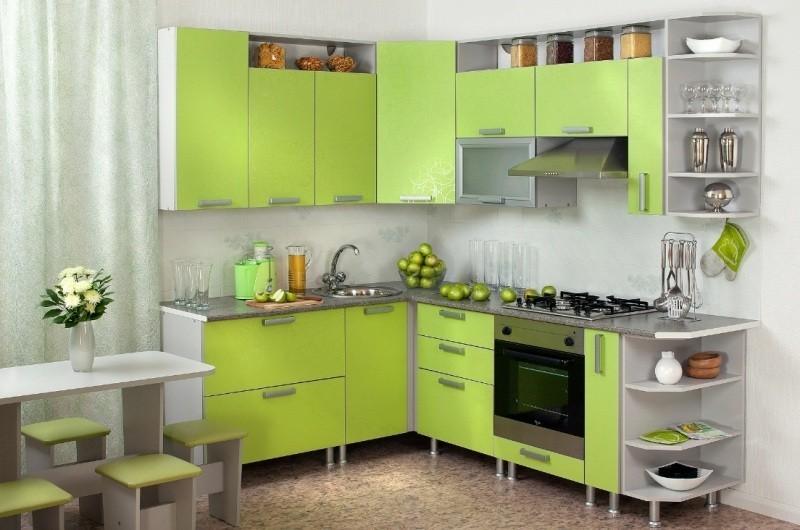 наборная кухня зеленого цвета