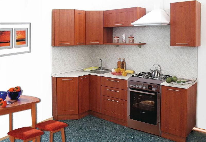 Простой угловой кухонный гарнитур