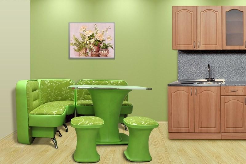 Зеленая обеденная зона на кухне