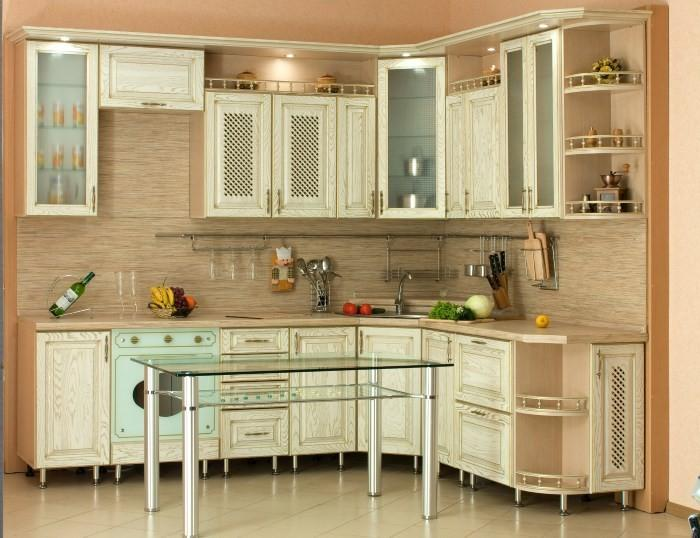 Рейлинговая система над рабочей зоной кухни
