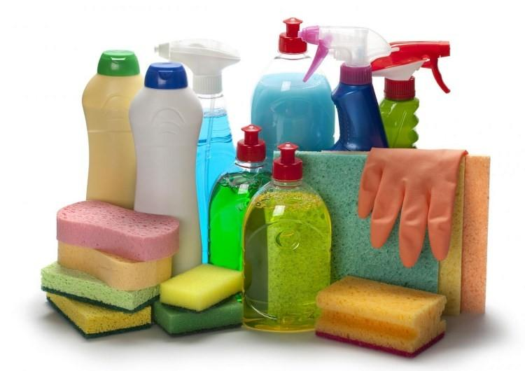 Чистящие средства, тряпки и губки для мытья, перчатки
