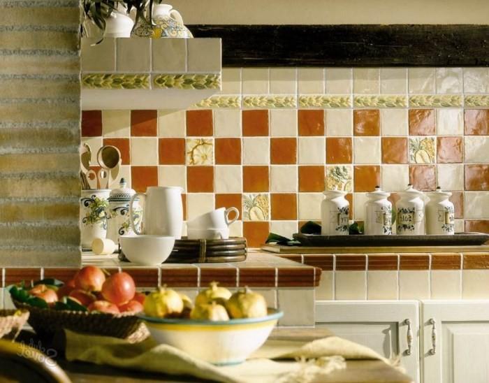 Вариант оформления фартука на кухне