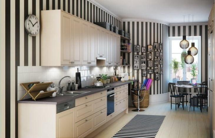 Полосатые стены на кухне
