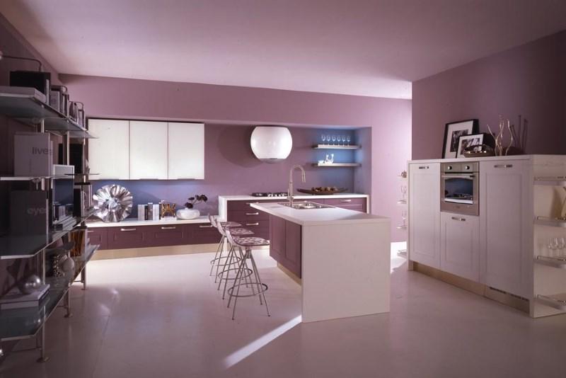 Кухня лилового цвета