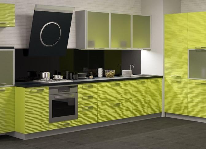 Кухня с алюминиевыми фасадами