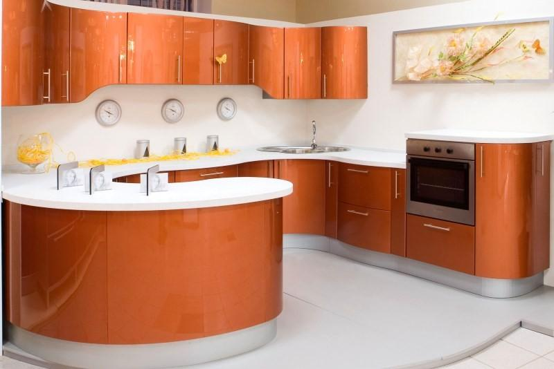 Радиусные фасады на кухне