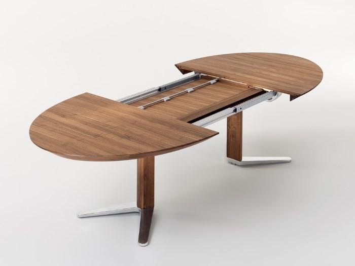 Раздвижной круглый стол из дерева