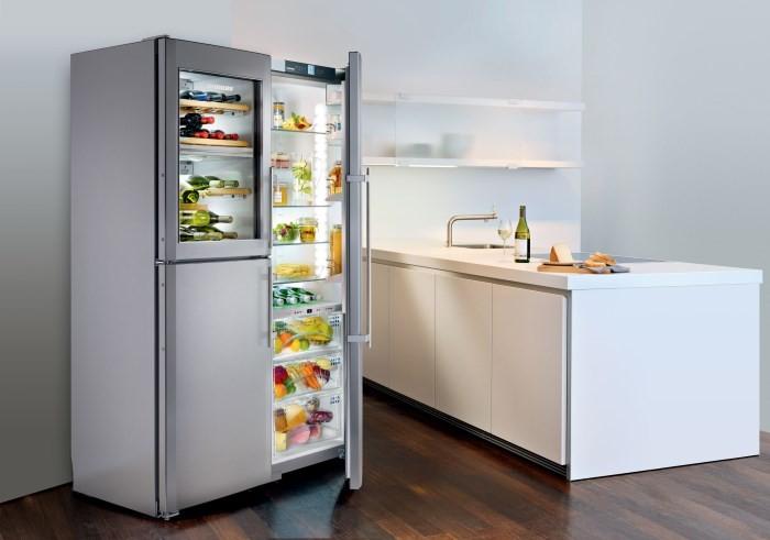 Бытовой холодильник