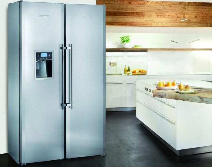Широкий холодильник Liebherr SBSES 8283