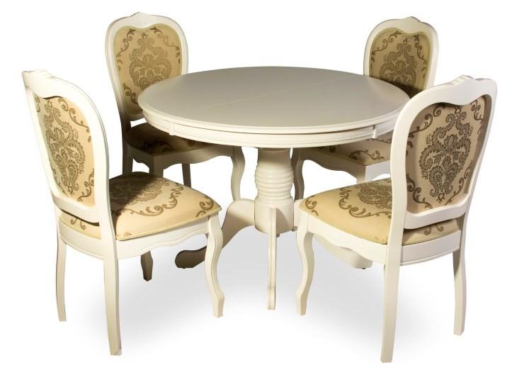Стол и стулья обеденной группы