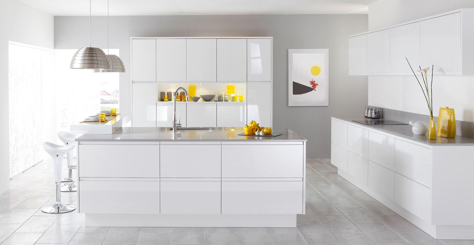 Дизайн кухни белой фото 2015 современные идеи