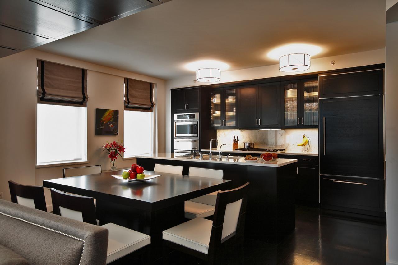 Интерьер встроенной кухни фото