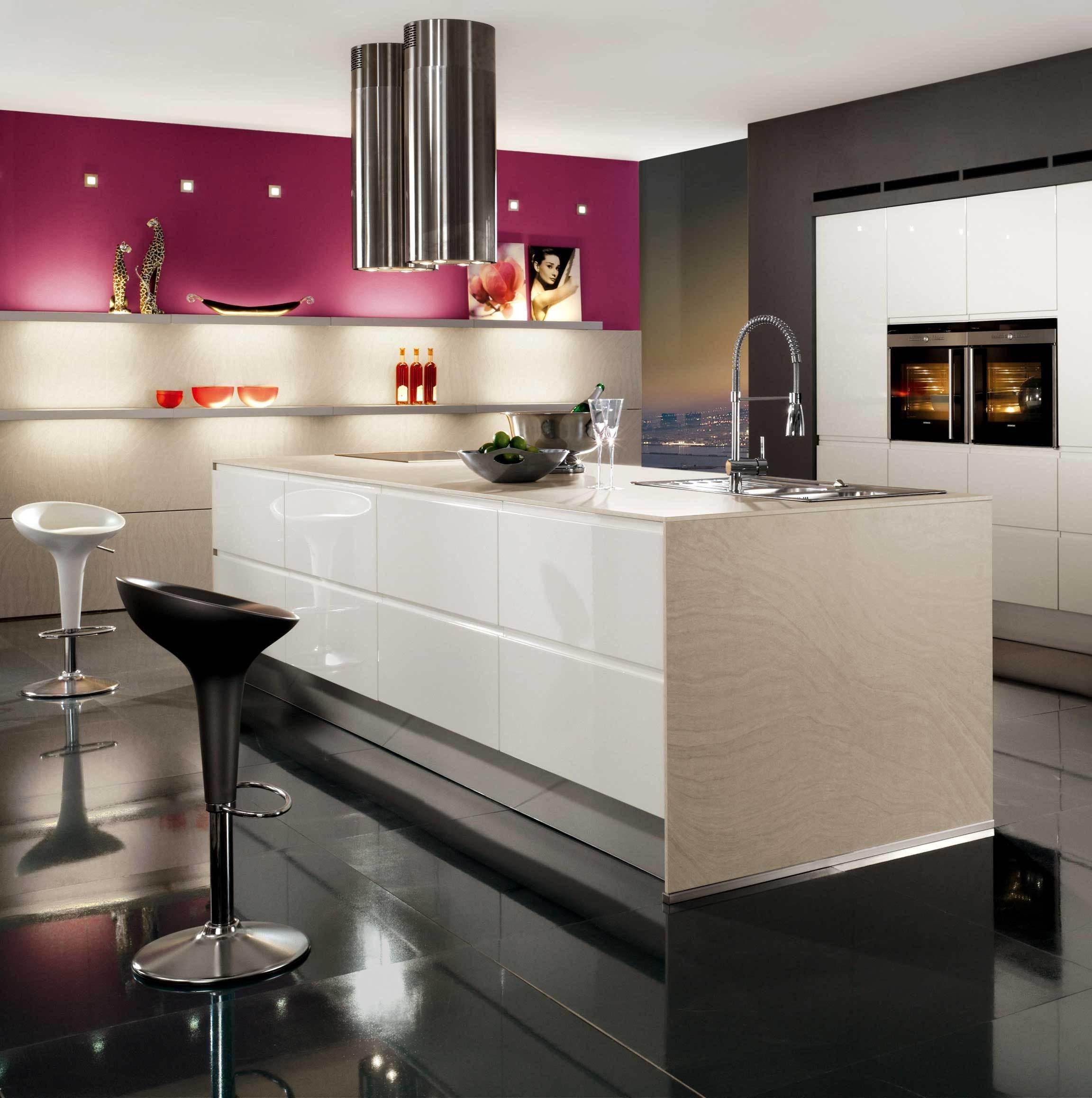 Кухни хай тек и дизайн