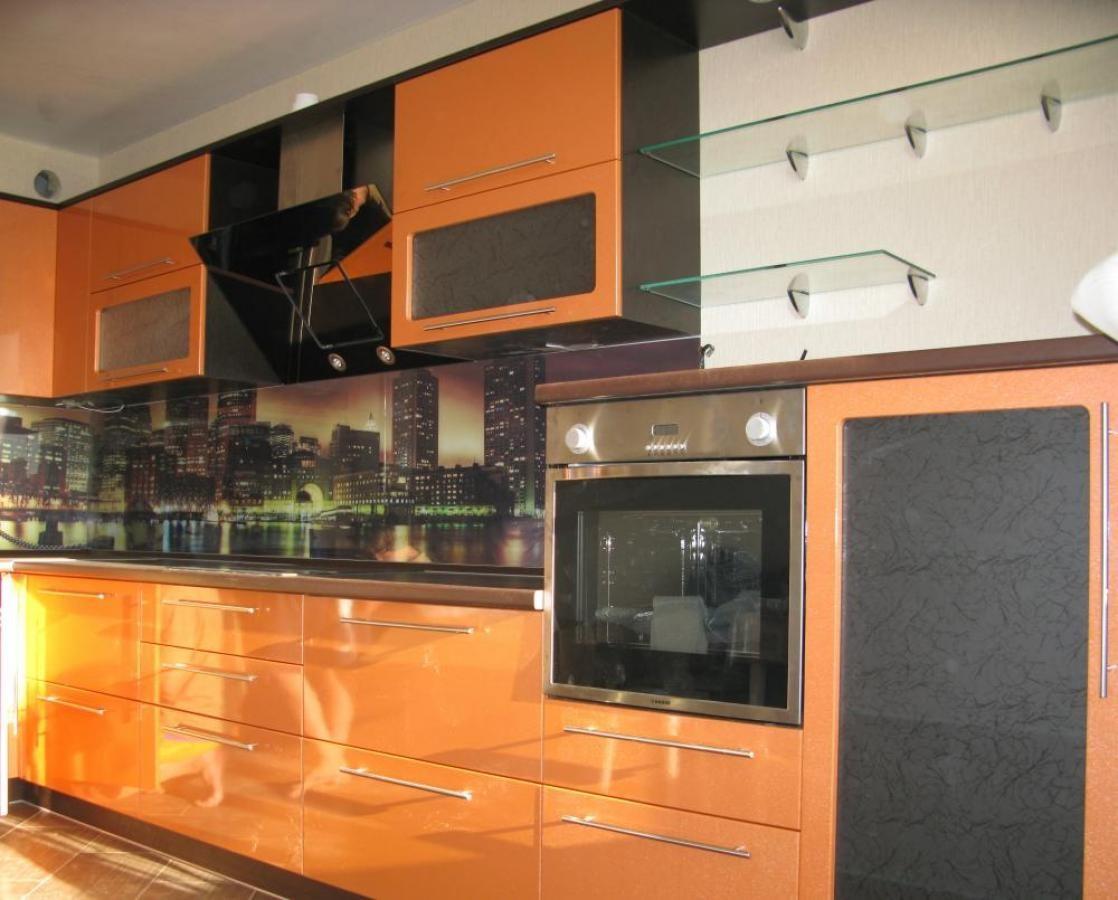 Кухни дизайн оранжево-черный