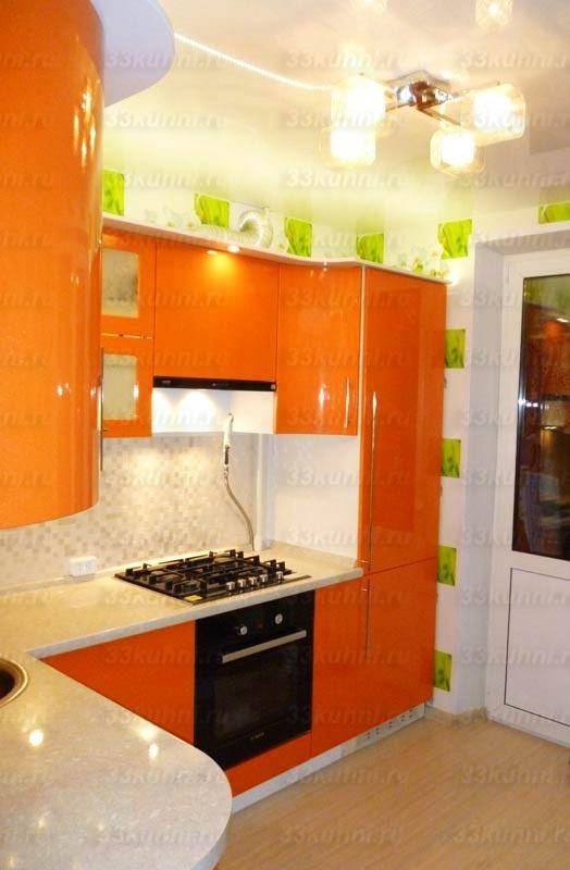 Кухни в оранжево бежевых цветах