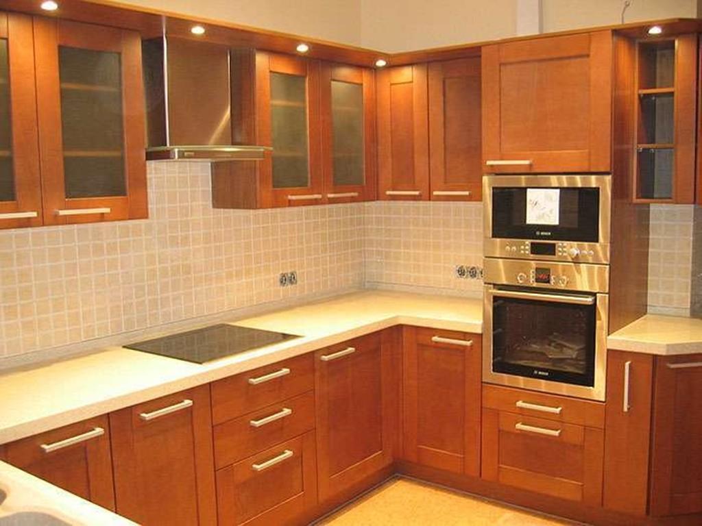 Галерея кухонь орехового цвета, часть 4.