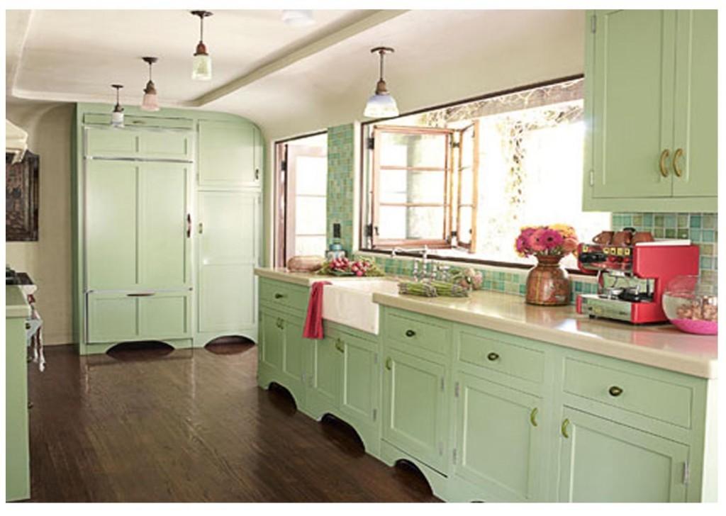 Сочетание мятного цвета в интерьере кухни фото