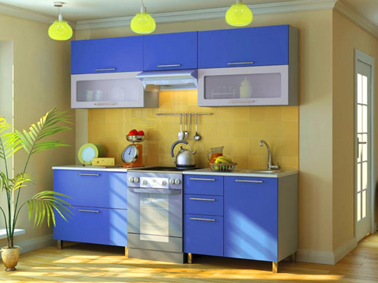 Дизайн кухни в сине-желтом цвете