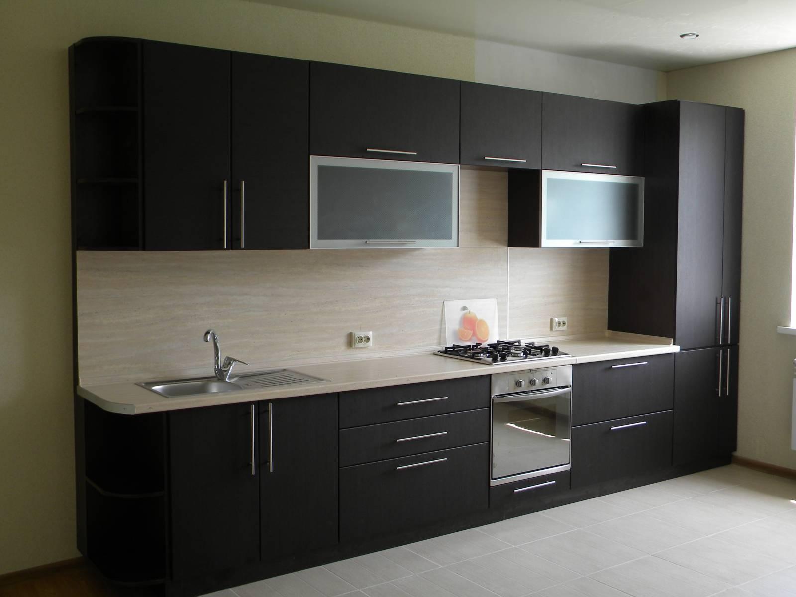 Дизайн кухни цвета венги