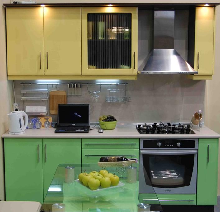 Кухни фото дизайн малогабаритые желтые салатовые