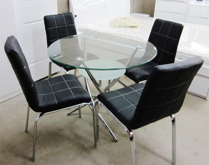 Круглый стол из стекла