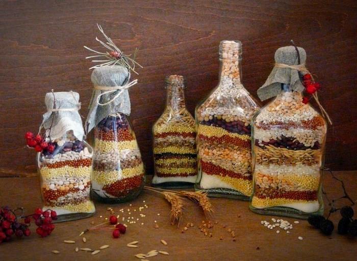 Декор бутылок зернами