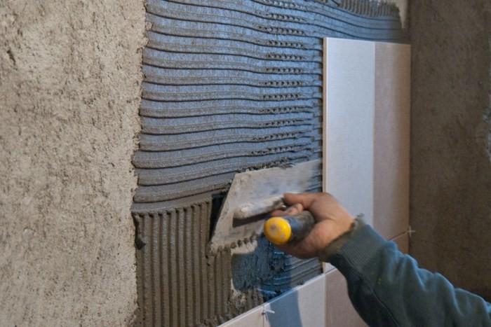 Подготовка стены к кладке плитки