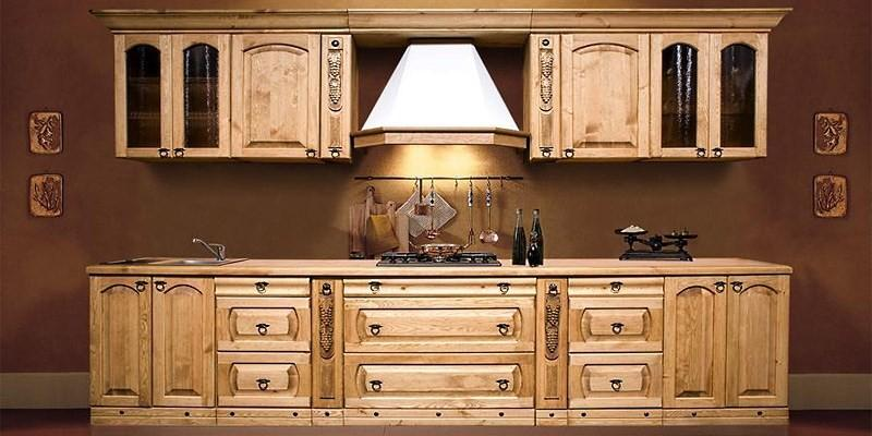 Кухонные шкафы из массива