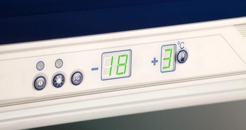 Температурная панель холодильника