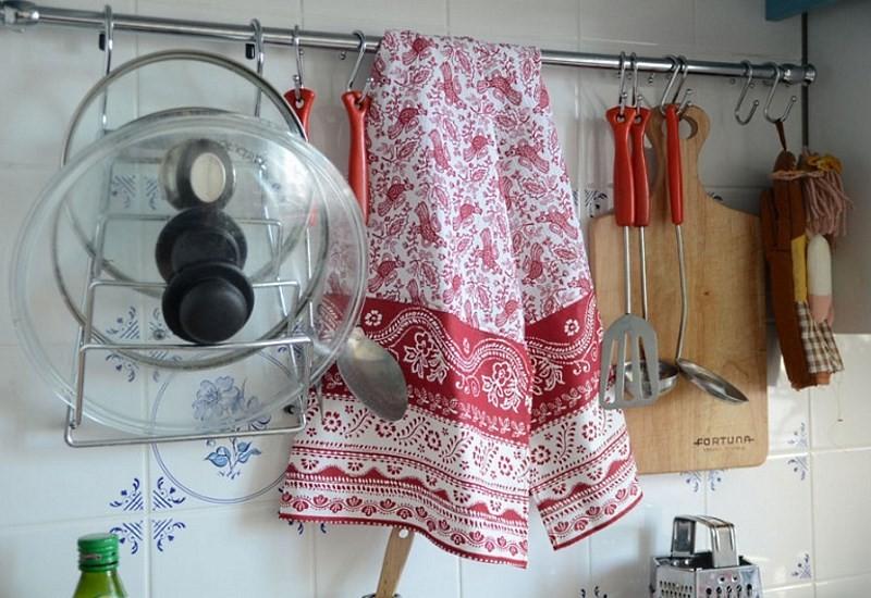 Отстиранное кухонное полотенце