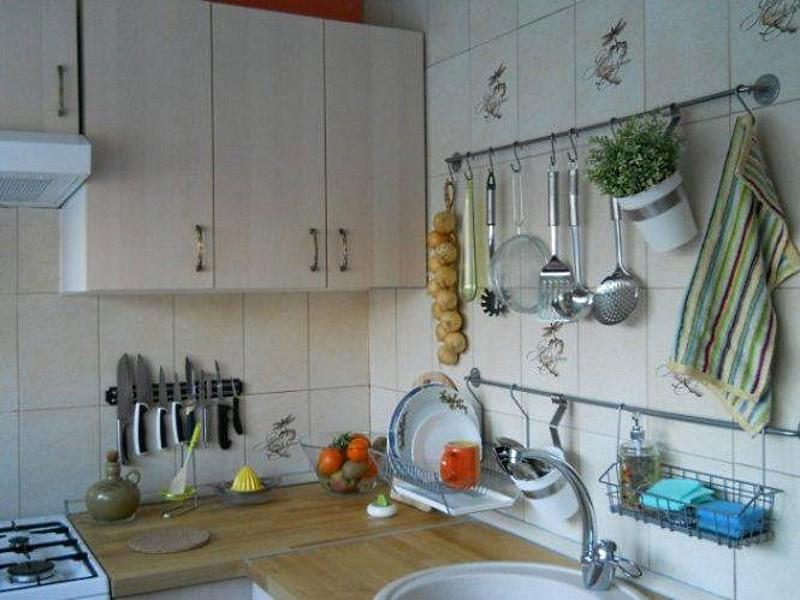 вариант дизайна кухни в доме корабле