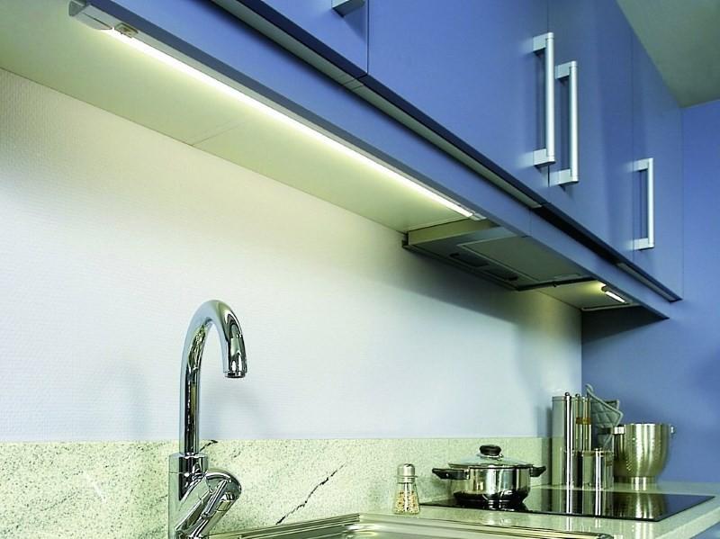подсветка шкафов световыми балками
