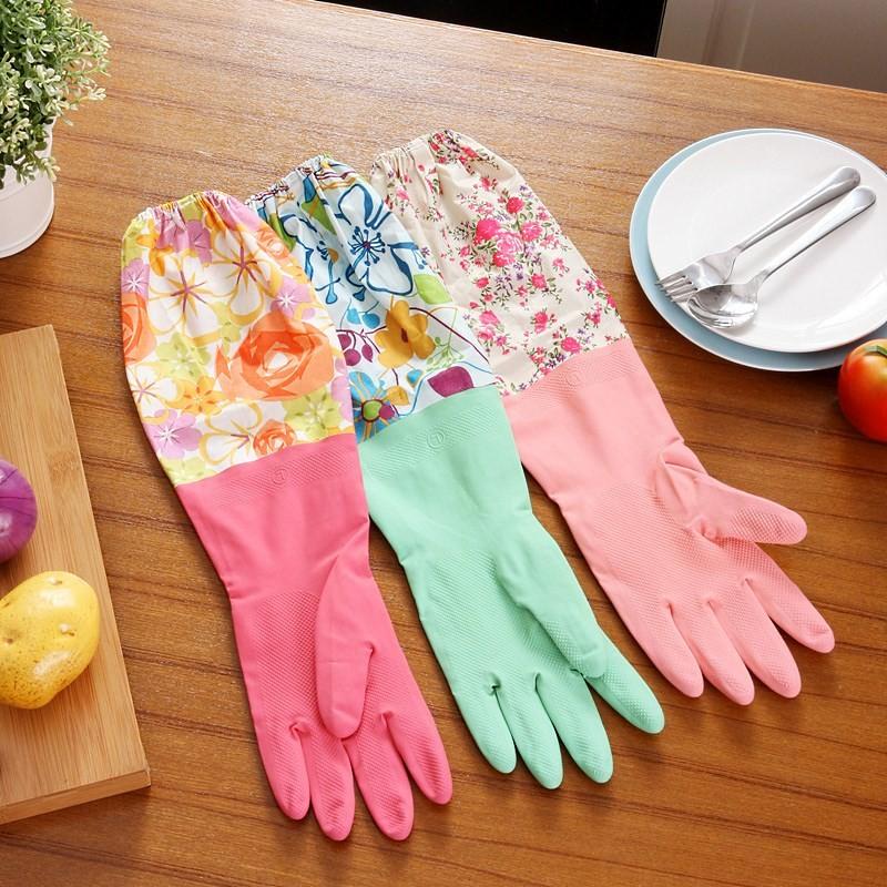 хозяйственные резиновые перчатки