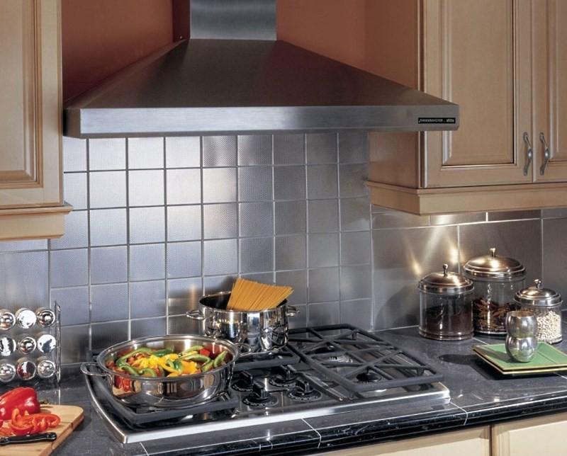 Каминная вытяжка для кухни: вытяжки каминного типа в интерьере