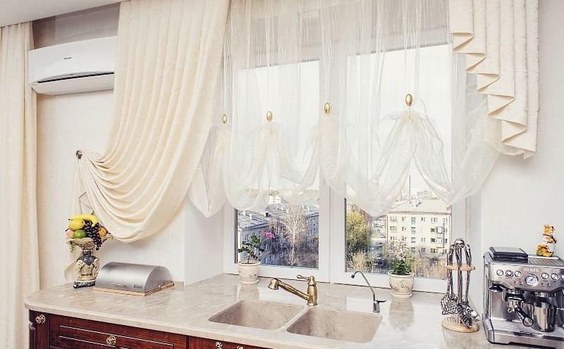 Комплект коротких штор для кухни