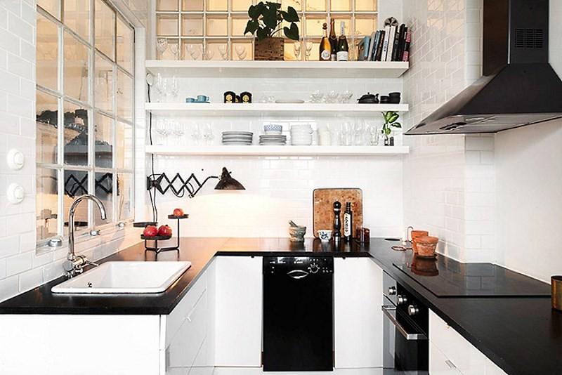 маленькая черно белая кухня