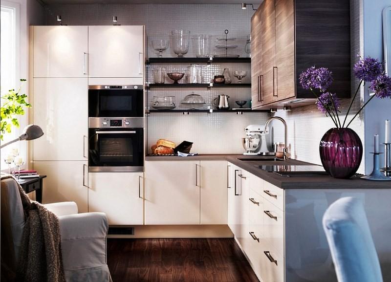 стильный интерьер кухни небольшого размера