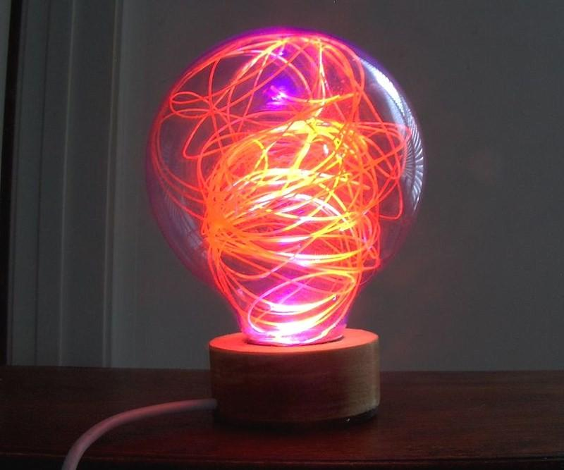 Светильник из лампочки своими руками