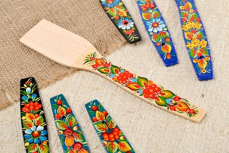 Как выбрать деревянную лопатку для кухни: как ухаживать, какое дерево лучше.