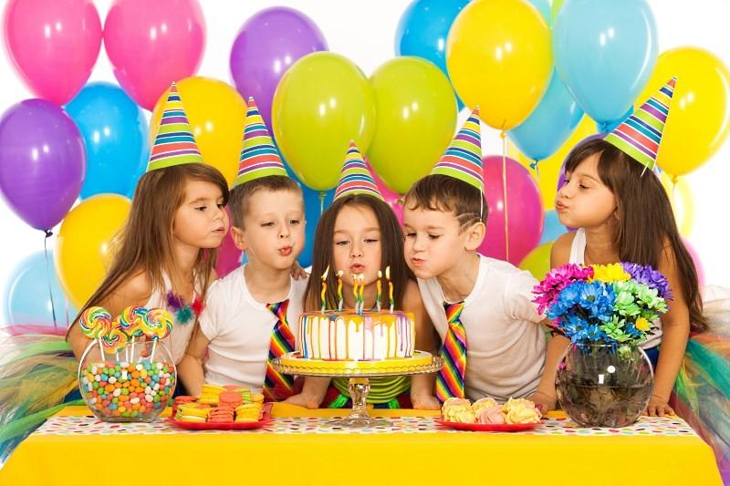 Как накрыть стол на день рождения ребенка