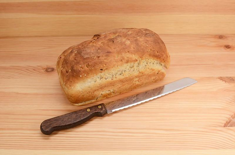 Нож для выпечки хлеба