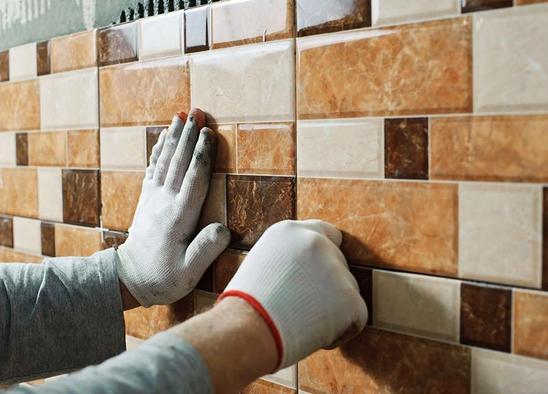 Как укладывают плитку