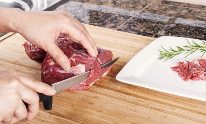 Обвалочный нож для мяса