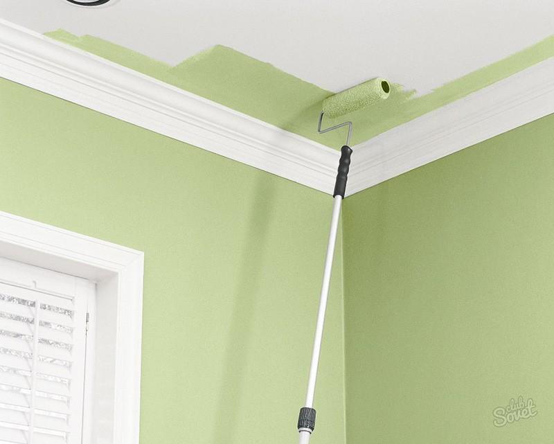 Покраска потолка на кухне валиком