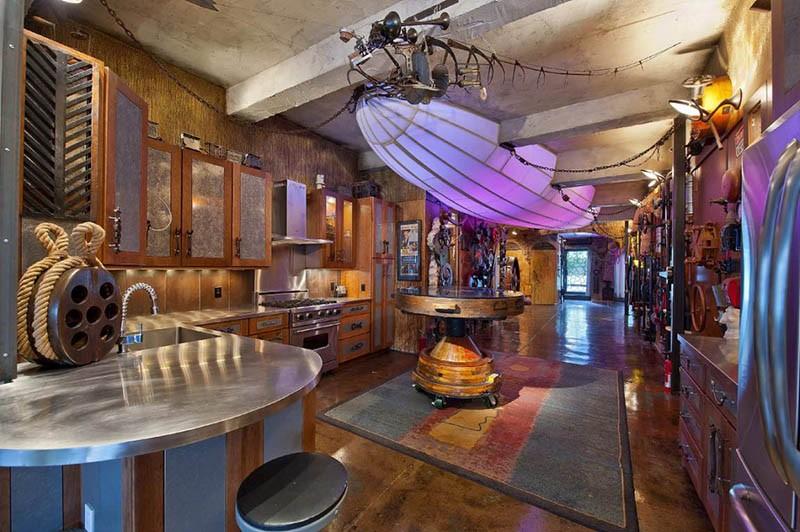 Кухня в стиле каюты морского волка