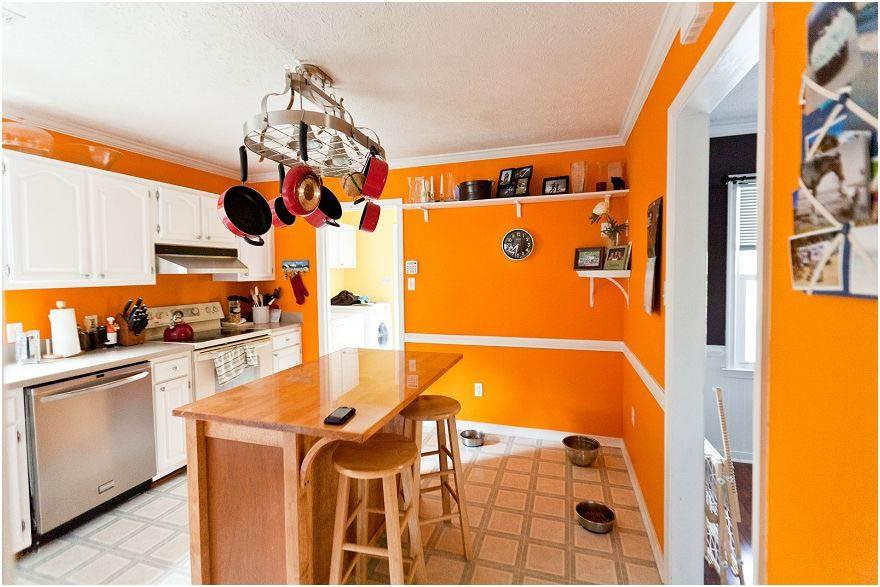 Стены оранжевого цвета