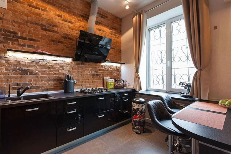Черная мебель на кухне в стиле лофт