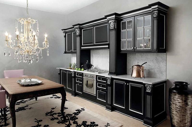 Арт-деко в черном с отделкой серебром